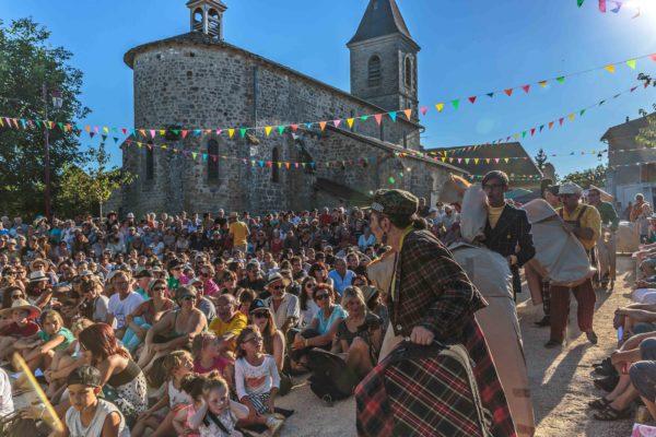 La Deuche Joyeuse, Préalables du Festival d'Aurillac - 2016 © Daniel Roblin